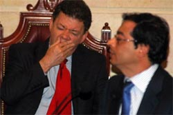 Defense Minister Juan Manuel Santos yawns during Sen. Gustavo Petro's congressional debate yesterday on paramilitarism in Antioquia.